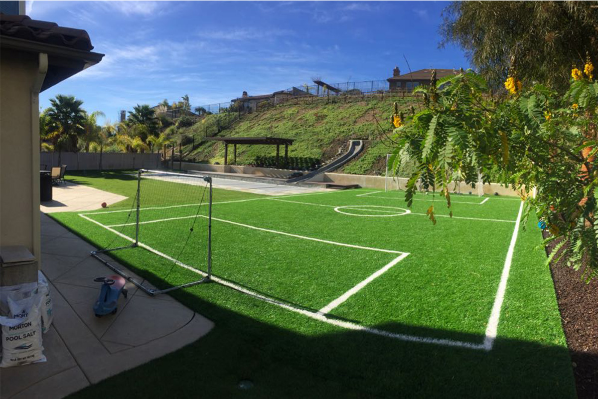 Home field synthetic turf